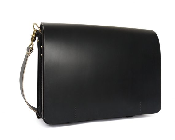 full grain leather messenger bag in black