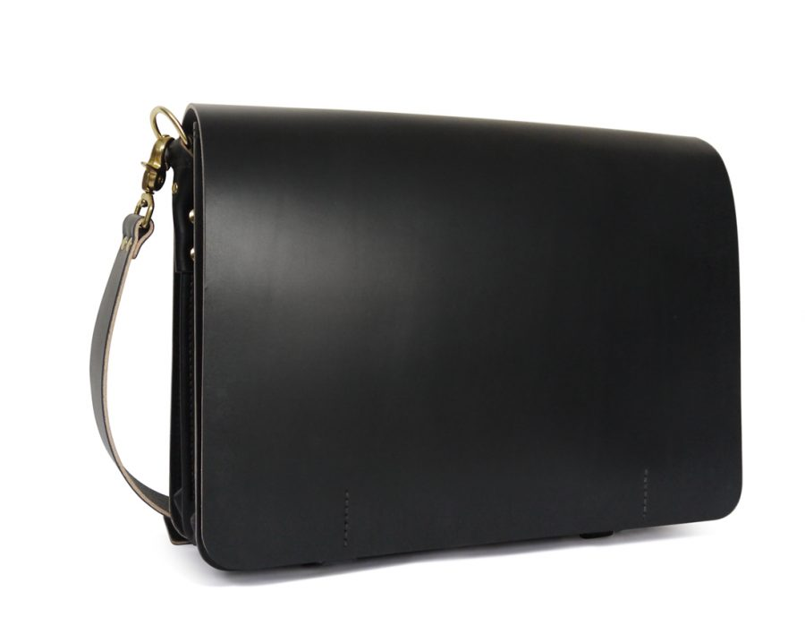 full grain leather messenger bag in black