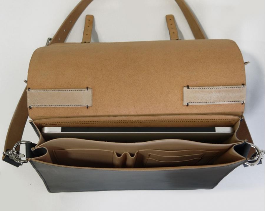 transformable-backpack-messenger-bag-ink-black-5